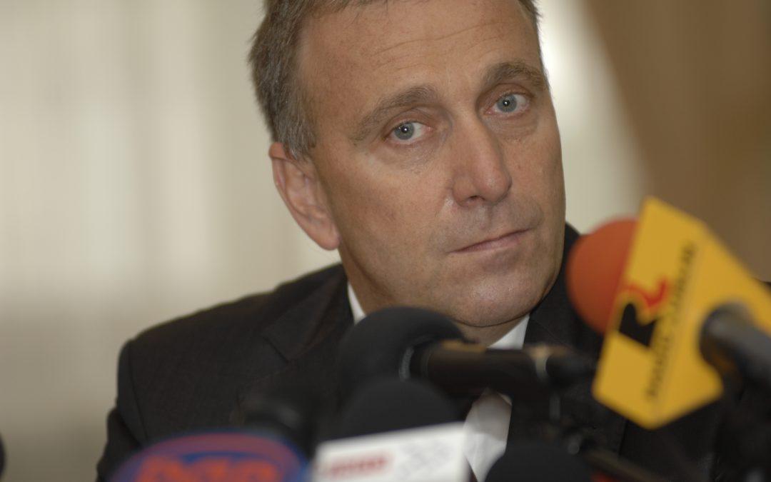 Premier Schetyna